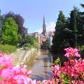 Bühlot mit Kirche im Hintergrund