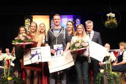 Die Preisträger: Tim Bauer, Simone Falk (Zweite von links) und Laura Lang