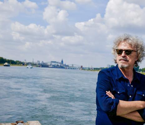 Er liebt den Rhein: Wolfgang Niedecken ist am 28. Februar Talk-Gast im Bürgerhaus Neuer Markt.