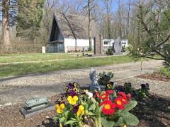 Friedhof und Einsegnungshalle in Oberbruch