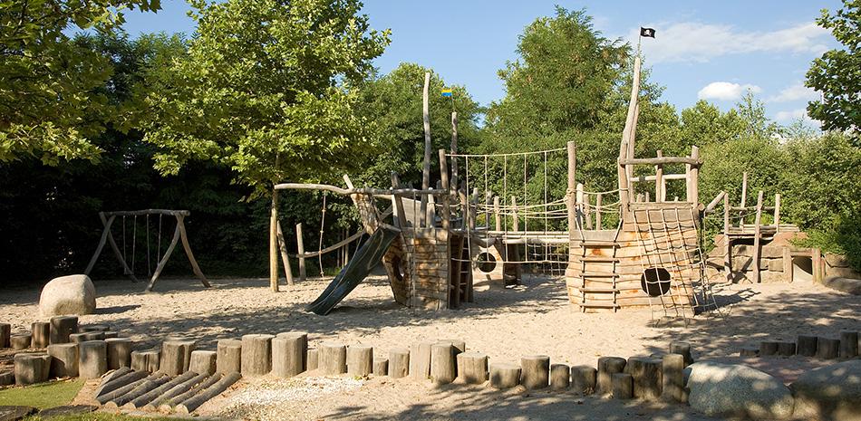 Spielplatz im Schwarzwaldbad Bühl