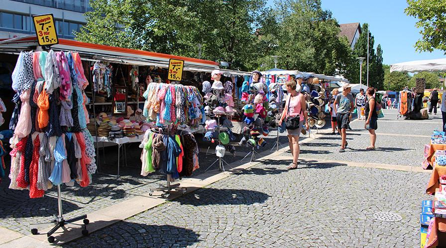 Jahrmarkt auf dem Europaplatz in Bühl