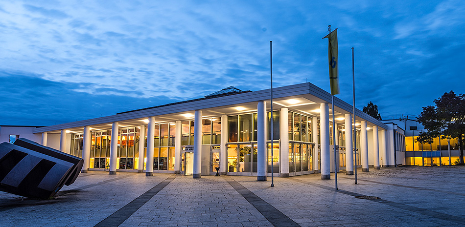 Beleuchtetes Bürgerhaus Neuer Markt