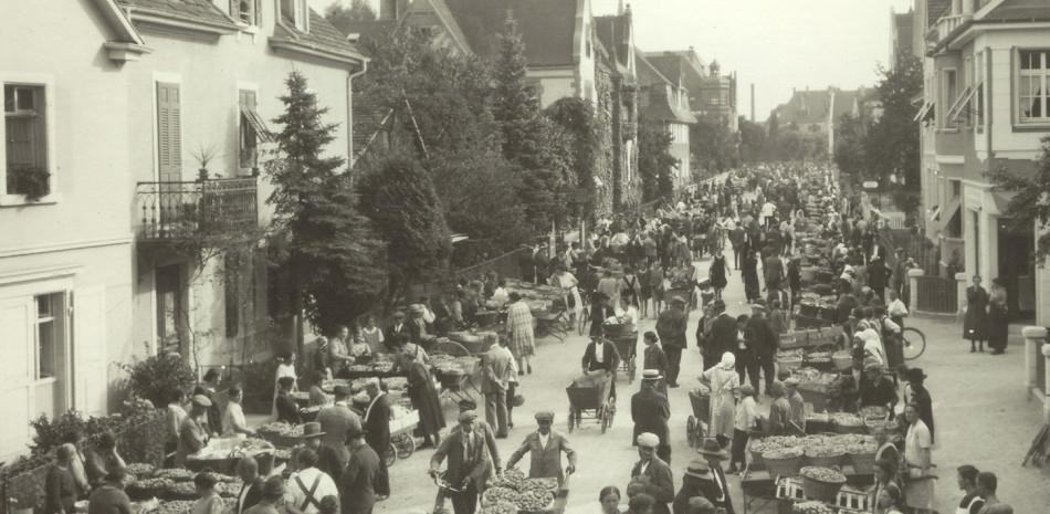 Obstmarkt in der Friedrichstraße