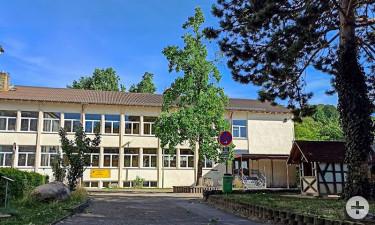 Schloßberg-Grundschule Neusatz